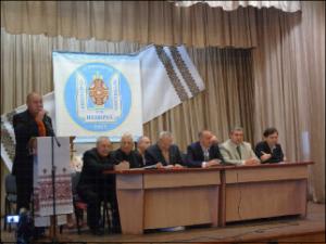Виступає голова Асоціації органів місцевого самоврядування регіону Гуцульщини Ярослав Кікінчук